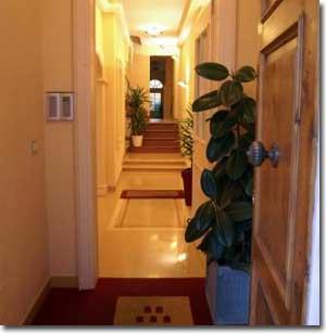 Palazzo Trevi Charming House - AbcAlberghi.com